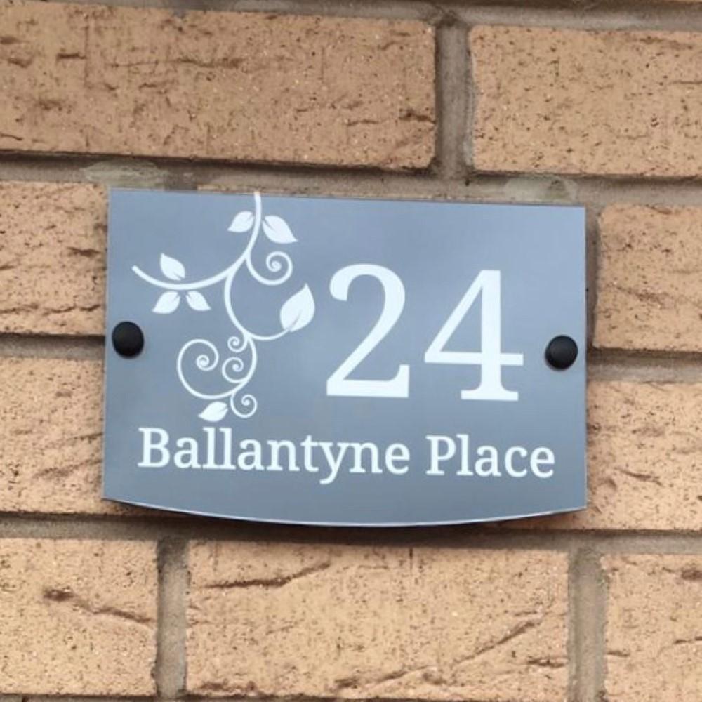 "Round 5/"" Diameter  Brushed Aluminium House,door,caravan name//number Plaque//sign"