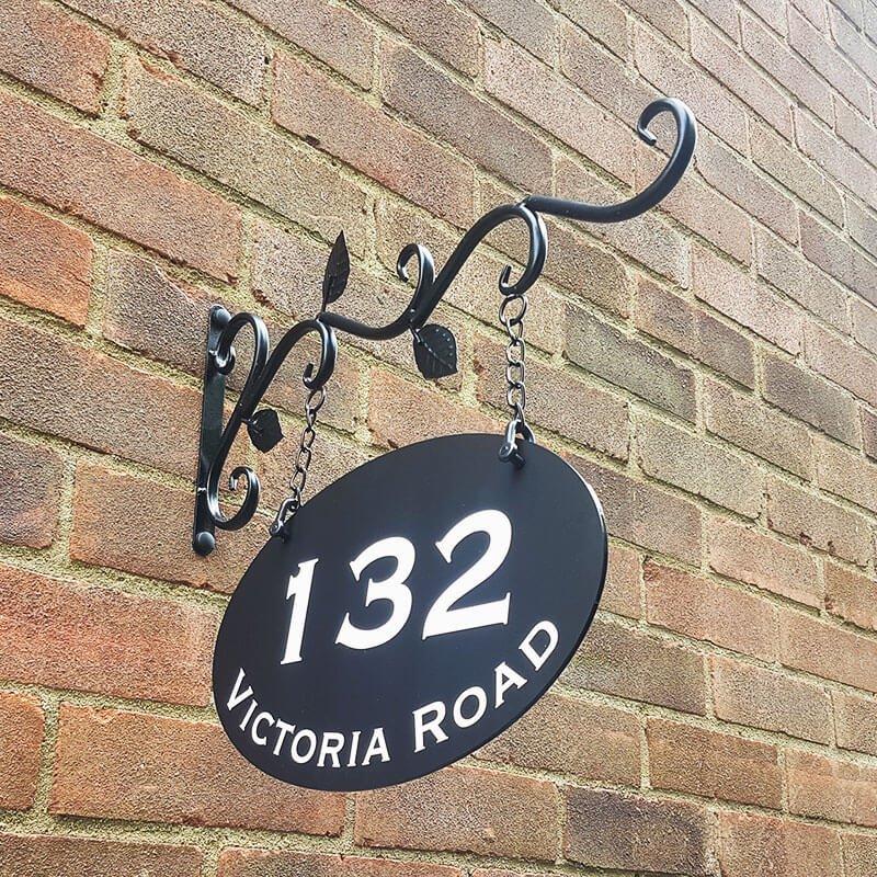 Bracknell Hanging Sign