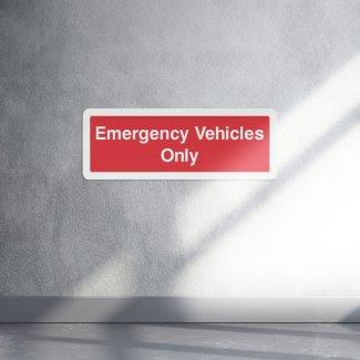 Emergency vehicles only sign - landscape
