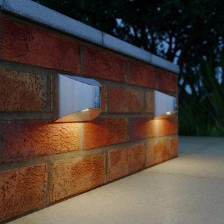 Chiltern Solar Welcome Light