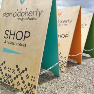 Wooden Pavement Sign Colourwave